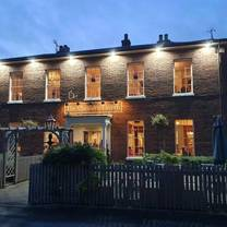 photo of the cheshire tavern restaurant