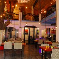 photo of chef's pass - best of old town restaurants progressive food tour restaurant