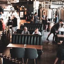 photo of canyon club brewery - moraga restaurant
