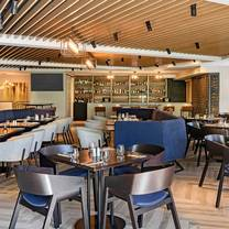 photo of queens head bar & eatery - four points by sheraton auckland restaurant