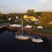 photo of inn at sugarhill - yogi's all american riverview restaurant & bar restaurant