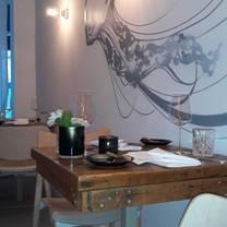 photo of jellyfish hamburg restaurant