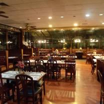 foto von pizza castle ct - waterbury restaurant