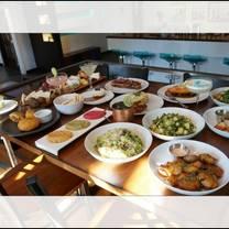 photo of project 7 kitchen & bar restaurant