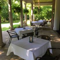 photo of holly hill inn restaurant