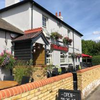 photo of the red lion chobham restaurant
