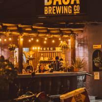 foto de restaurante baja brewing san josé