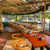 photo of glover park grill restaurant