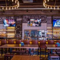 foto von state & main kitchen + bar - oakville restaurant