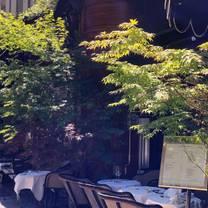 photo of le basilic restaurant