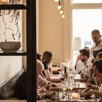 foto von octavia restaurant