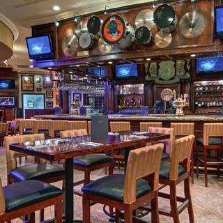 Hard Rock Cafe - Niagara Falls