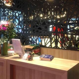 A photo of Rhodes Phoenix restaurant