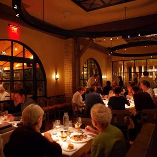 Bottega napa valley restaurant yountville ca opentable for Mama s fish house dress code
