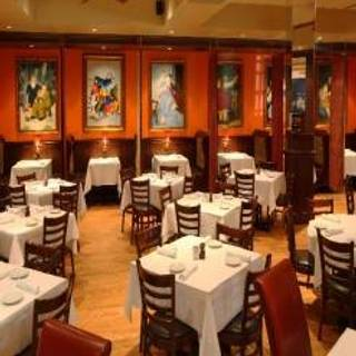 Loccino Italian Grill Bar
