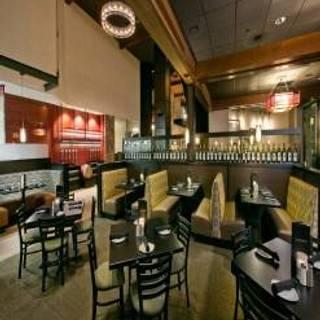 Cooper's Hawk Winery & Restaurant - Columbus