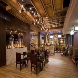 Shutters Bar & Kitchen - Tysons Corner Marriott