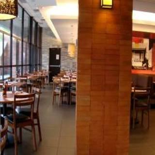 Max's Restaurant - Cuisine of the Philippines