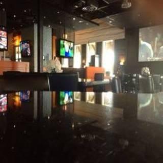 Dymond's Social Kitchen & Bar
