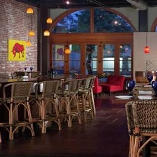 Lucca Restaurant & Bar