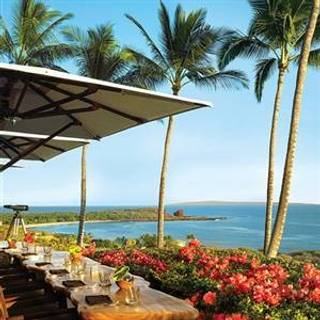 VIEWS - Four Seasons Lanai