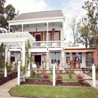 The Lakehouse - Mandeville
