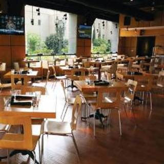 The Bunker Hill Bar and Grill