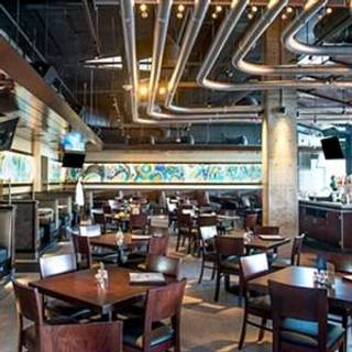 Yard House - Miami South Beach