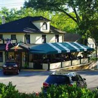 The Irish Inn at Glen Echo