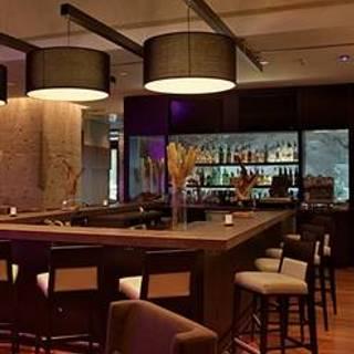 Tundra Restaurant & Bar
