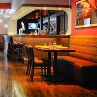 Darryl's Corner Bar and Kitchen