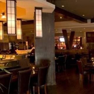 2 Restaurants Available Nearby Wokcano Valencia
