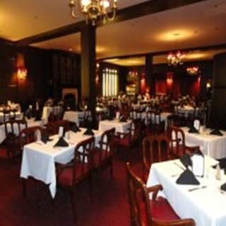 Macy's - The Oak Grill