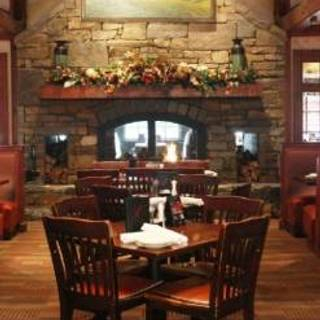 Village Tavern (Hanes Mall Blvd) Winston-Salem