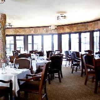 Lariat Restaurant
