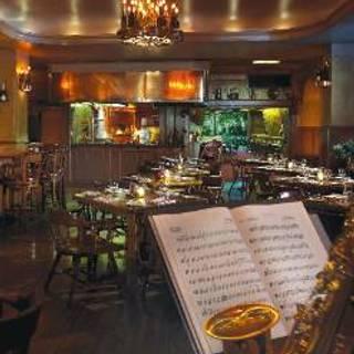 La Taverne - The Broadmoor