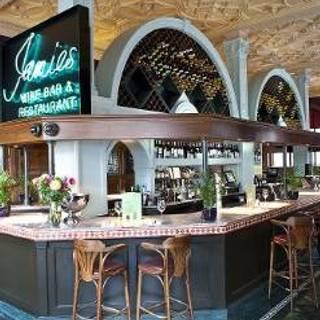 Jamies Ludgate Hill