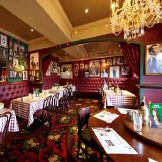 Village Pub & Grill - Village Hotel Wirral