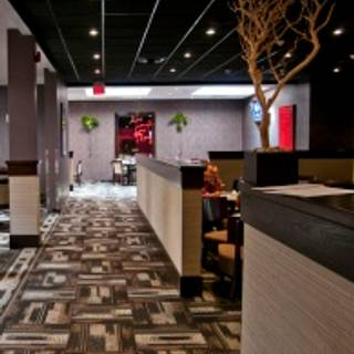 Play Bar & Grill - White Oaks Resort & Spa