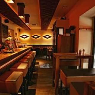 Morleos Bar / Restaurant