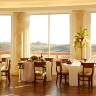 Pinnacle Restaurant - Falkner Winery