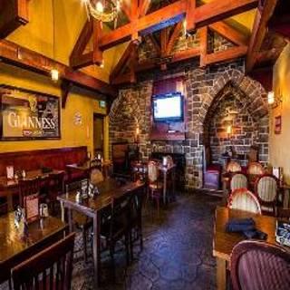 Claddagh Irish Pub Eastwood Towne Center