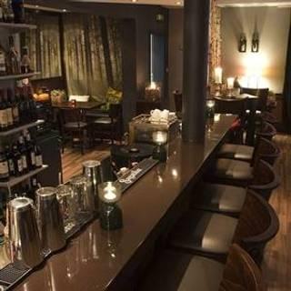Lauschig Bar
