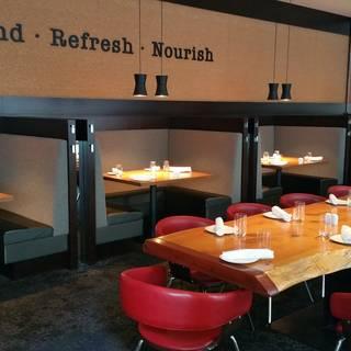 Prestons Restaurant + Lounge