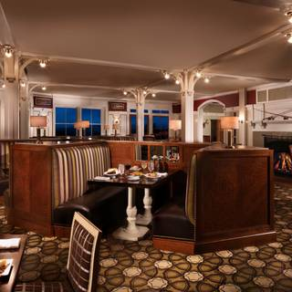 Stickney's Restaurant at the Omni Mount Washington Resort