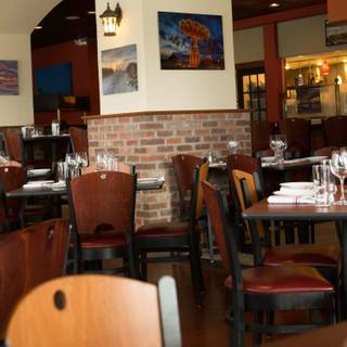 5 Restaurants Available Nearby