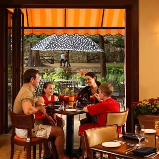 Las Ramblas at Hotel Contessa