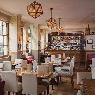 The Alfred Tennyson (fka The Pantechnicon Public House and Dining Room)
