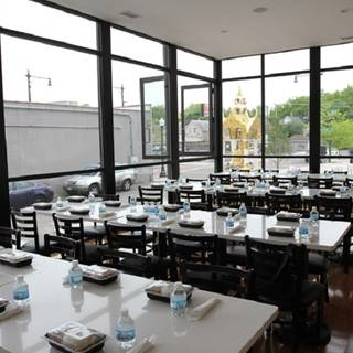 4 Restaurants Available Nearby