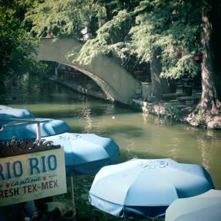 Rio Rio Cantina